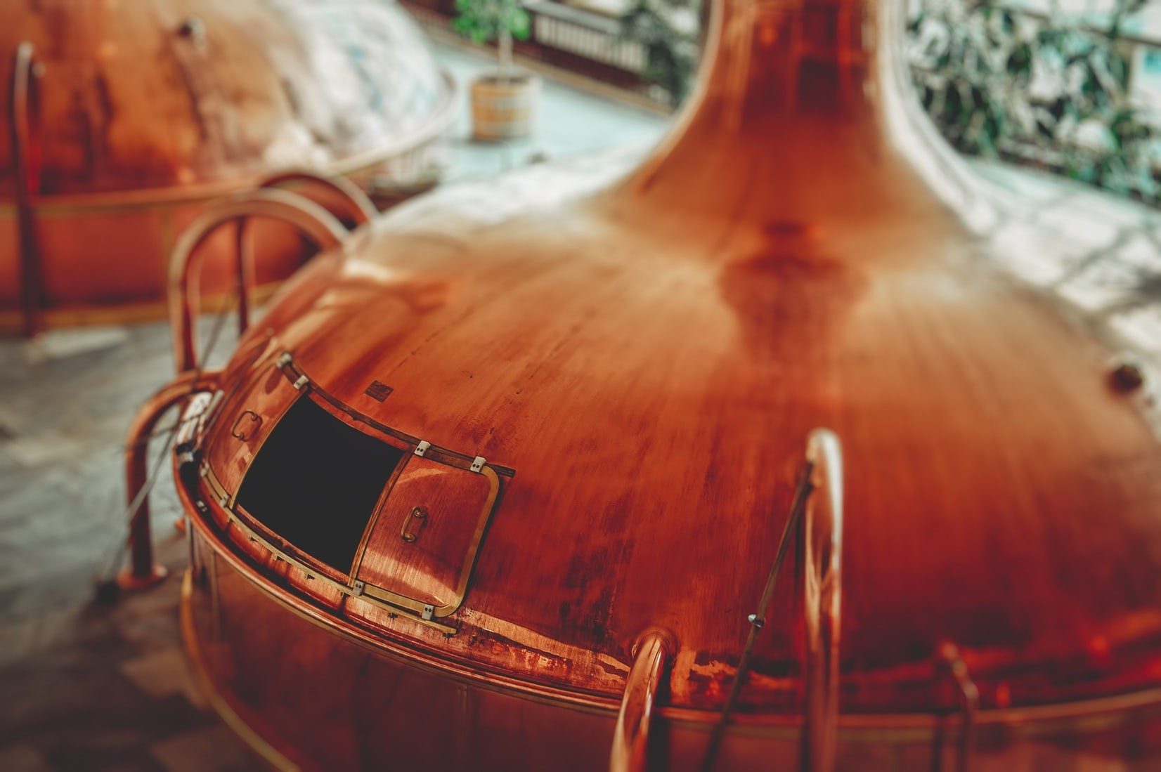 image of whiskey tank in Clydeside Distillery