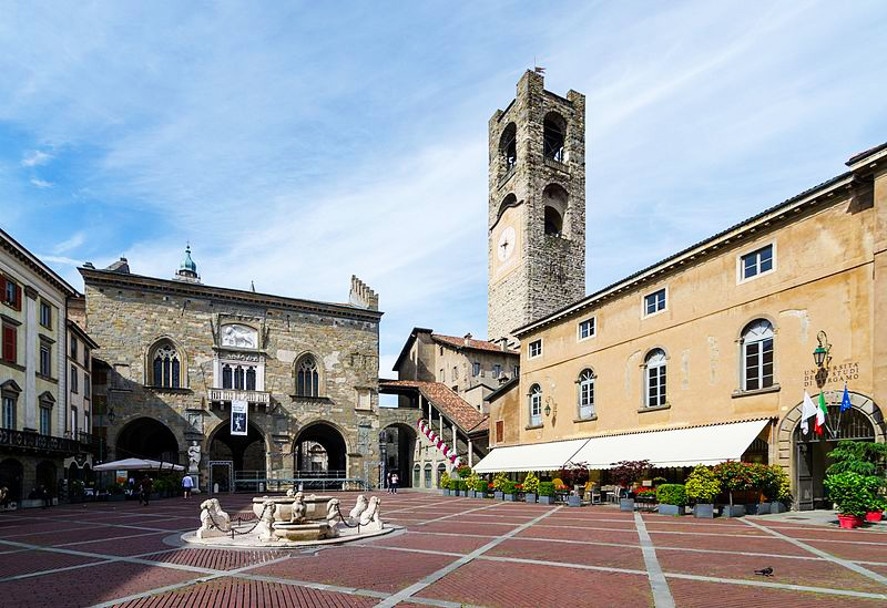 image of Piazza Vecchia